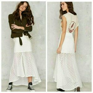 MINKPINK lace maxi skirt with slit up the front.